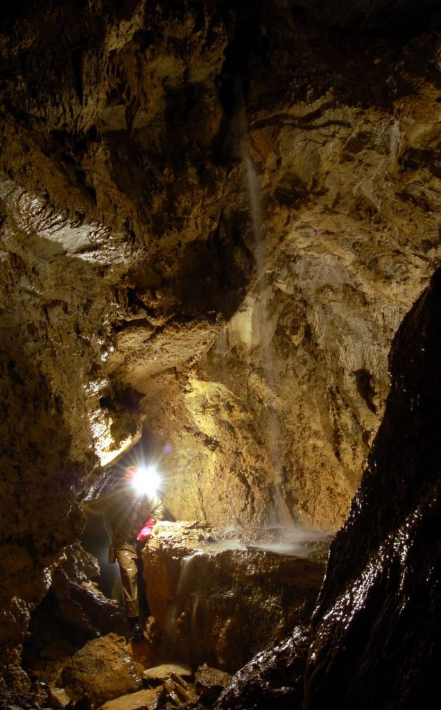 Jaskyniar a voda