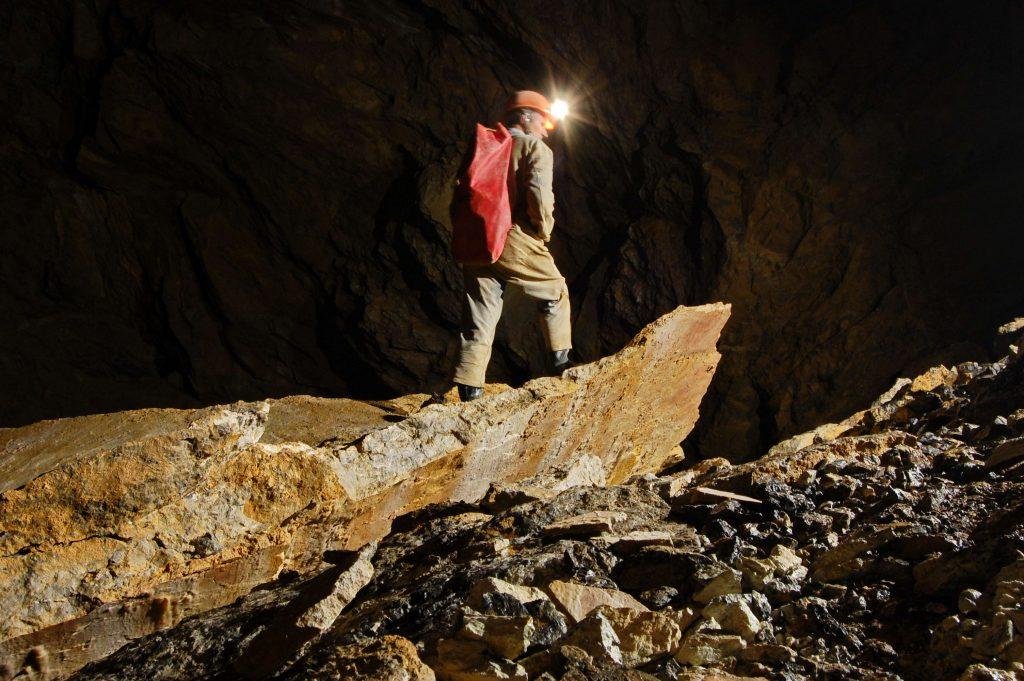 Systém Hipmanových jaskýň 9a