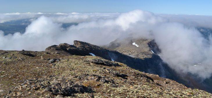 V krajine bielych nocí – kopce za polárnym kruhom