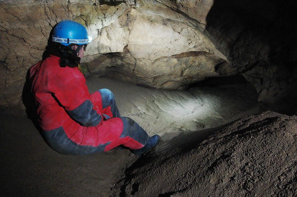 Jaskyne na Krakovej holi (44pp)