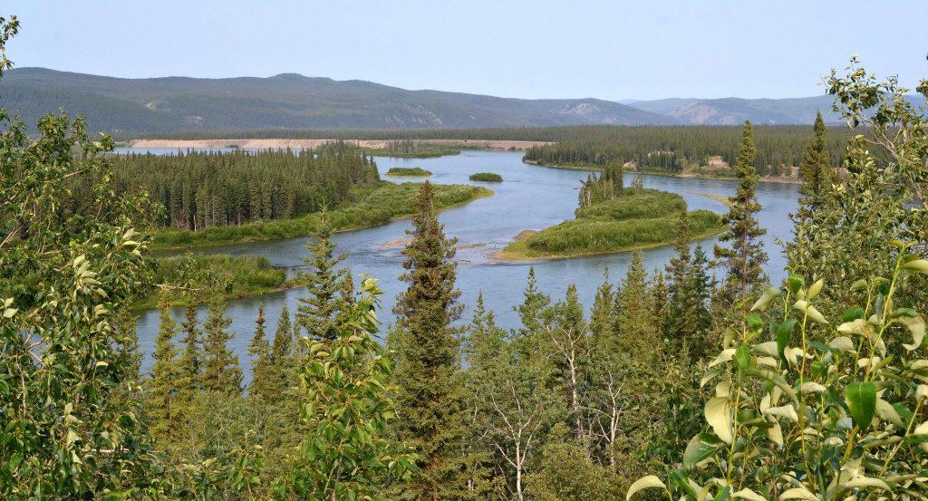 Rieka Yukon - v minulosti frekventovaná riečna doprava do Dawsonu